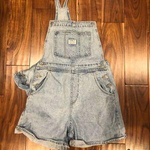 Levi's overalls!
